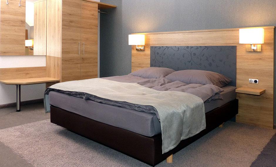 Hotelzimmer-Bett aus der Serie City Elegant