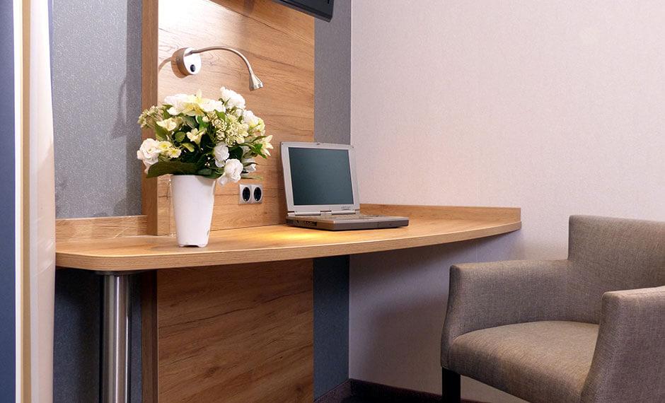 individuell eingebauter Hotelzimmer-Schreibtisch der Serie City-Elegant