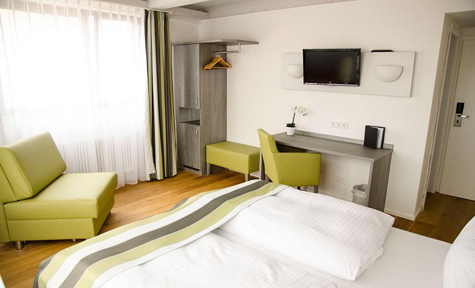 Hotelmöbel City in grauem Dekor