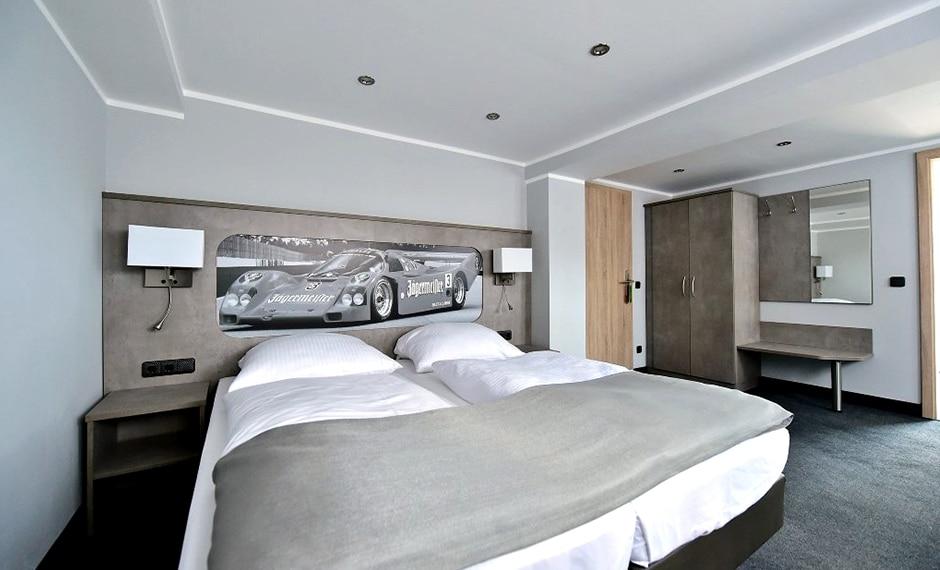 Hotel Themenzimmer Automobil