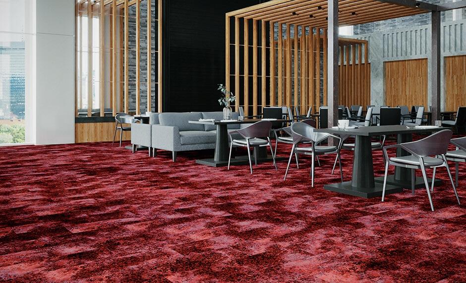 Roter Teppich als Hotelboden-Belag